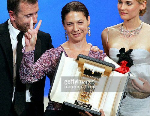 Israeli director Keren Yedaya winner of Golden Camera of Cannes dedicates her award to Palestinians